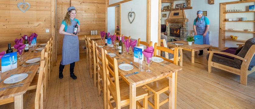 france_la-plagne_chalet-chanterelles_dining-room.jpg